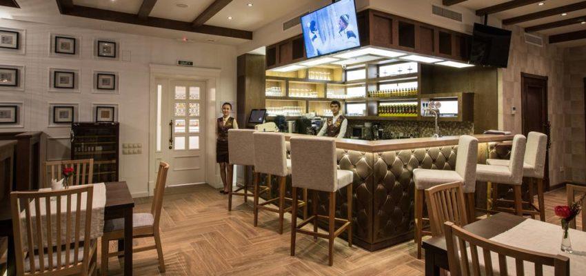 Отель в Монако: купить или построить?