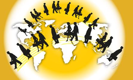 Эмиграция: за и против